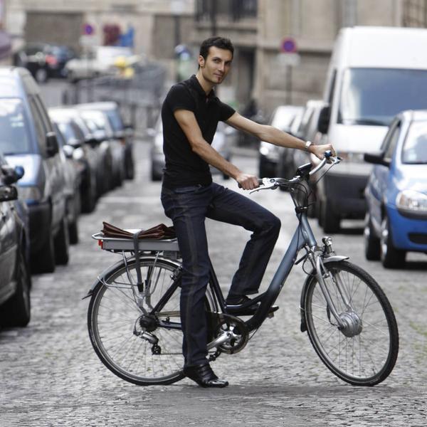La Ville de Paris aide les Parisiens qui souhaitent rouler électrique