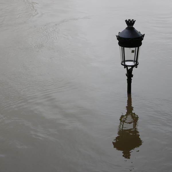 Crue Paris Janvier 2018 Janvier climat lampadaire Seine