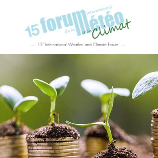 """Petite plante avec le logo """"Forum international de la météo et du Climat"""""""