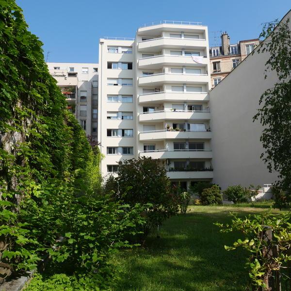 Copropriété rénovée avenue Jean Jaurès 19e © APC