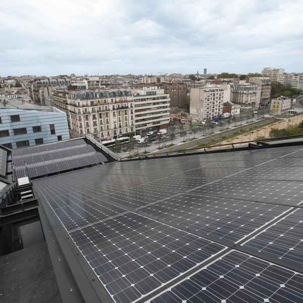 Panneaux solaires photovoltaïque toit Paris énergie citoyenne