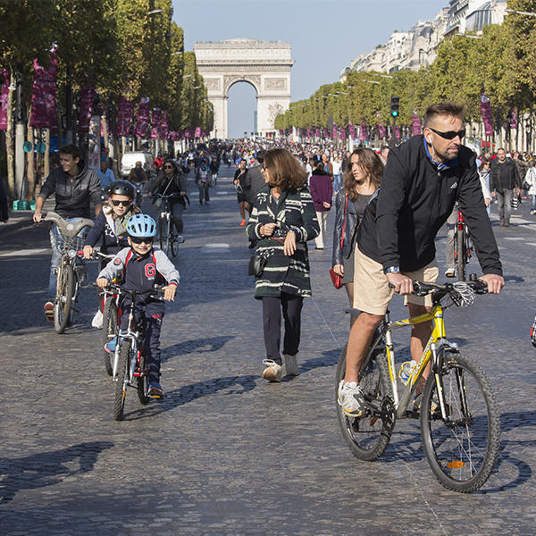 Journée sans voiture à Paris