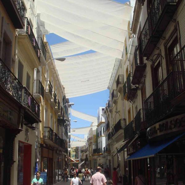 Ombrières dans les rues de Séville