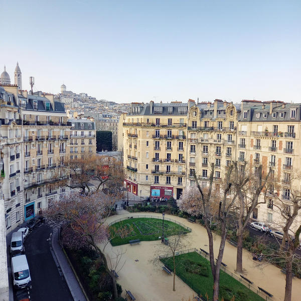 Square de Clignancourt, Paris 18e © APC
