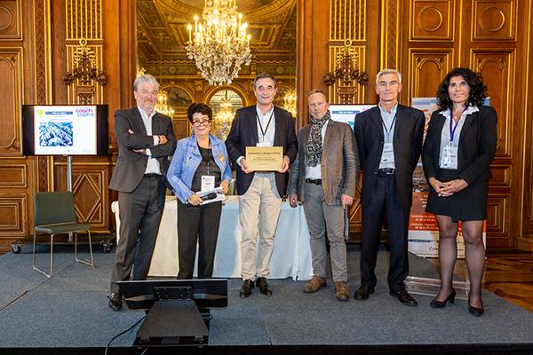 Remise des prix aux lauréats des Trophées CoachCopro